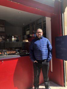 Restaurateur Michaël Guedj ouvre sa première enseigne de canelés bio à Bordeaux